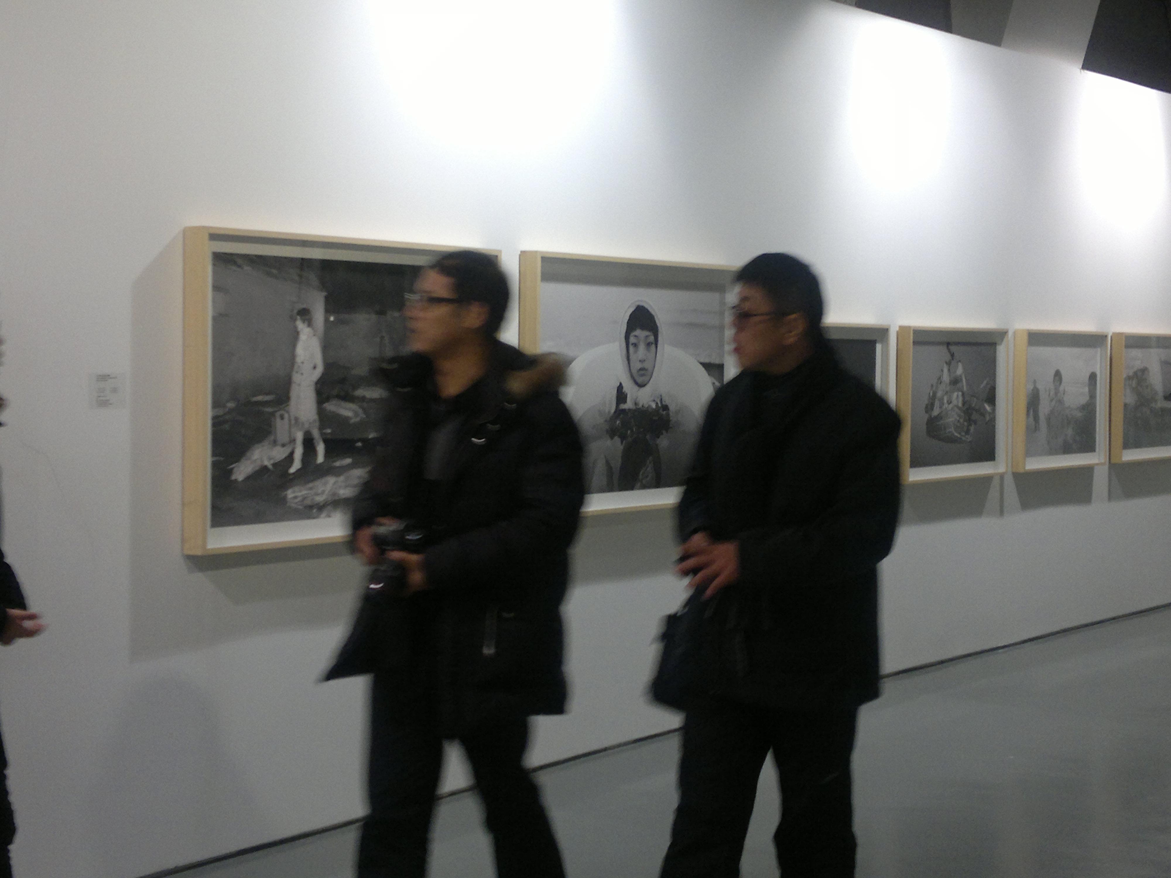 王春辰与艺术家在上海3