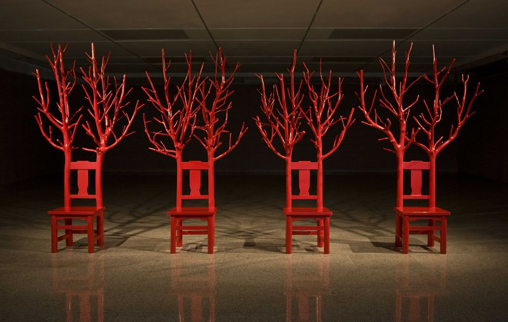 傅中望《长寿椅》