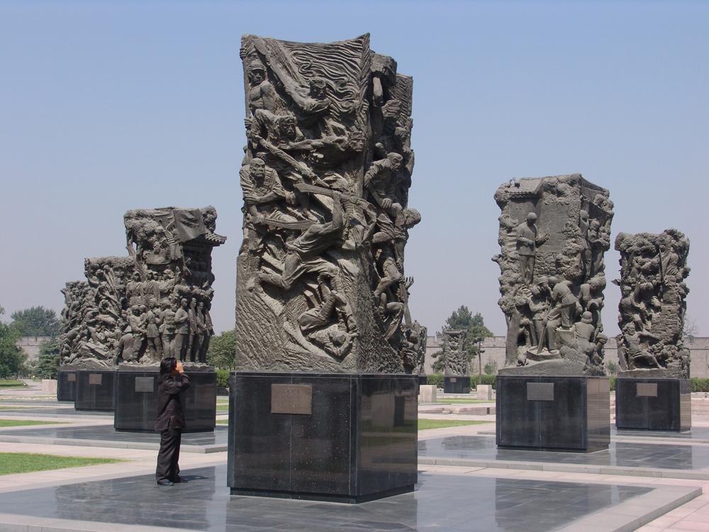 抗日战争纪念群雕-血战到底-
