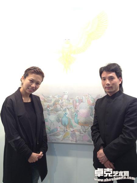 与藏家台湾著名歌手萧敬腾经纪人林有慧小姐合影